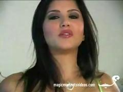 Your date with Sunny Leone