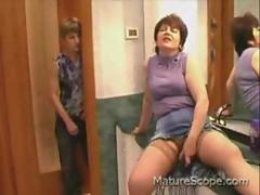 Dirty sex with a horny mature woman