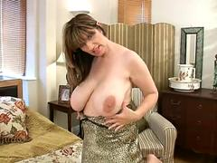 Super Busty Milf Enjoys Her Massive Tits