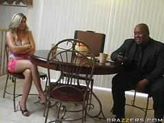 Meet my wife Kristal Summers she loves to fuck wildly