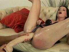 Old guy fingering and toying young pussy movie