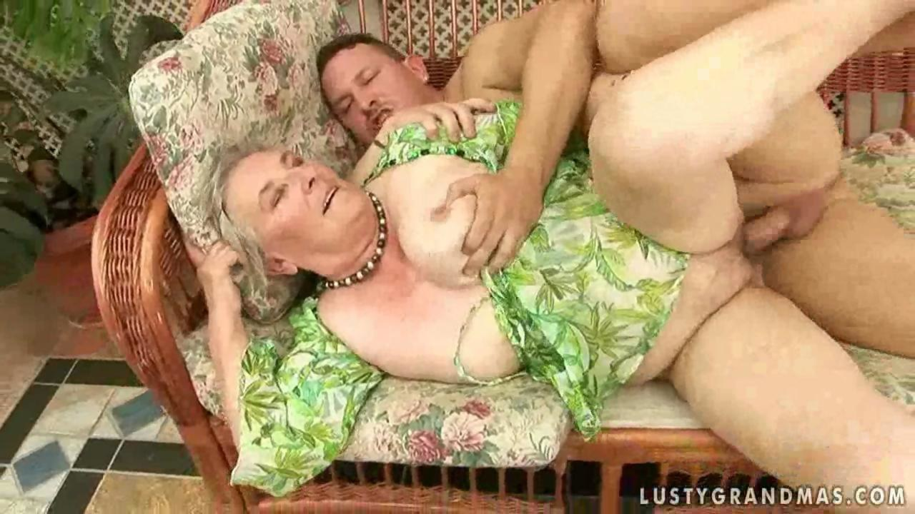 Face fucking old ass grannies fucked