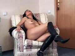 Sex starved anilos nelli stips off her linger to spreads her delicate pussy clip