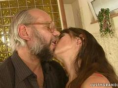 Mature bitch enjoys hot sex with her old lover