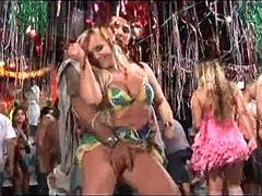 Horny Brazilian carnaval babes sucking