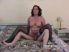 Big dirty milf Lures a Young lad Into Bed