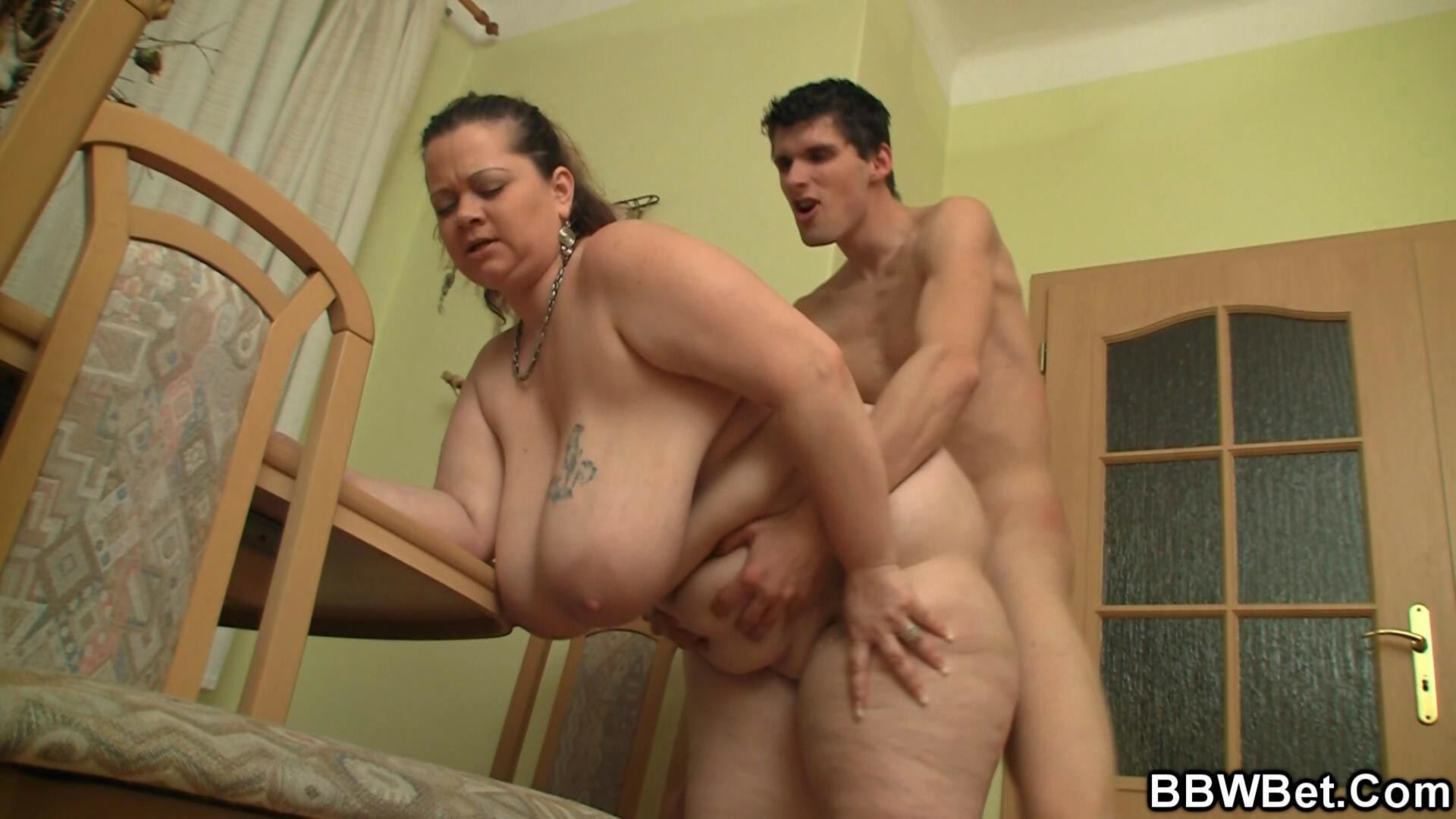 Bigcocked guy bangs big belly plumper from behind 8
