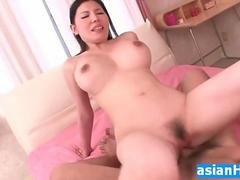 Japanese MILF spreaded pussy huge creampie HD