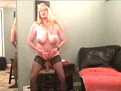 Amazing Webcam Milf Squirts Like a Fountian