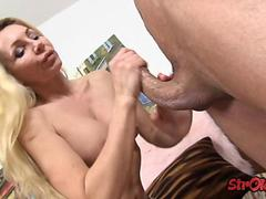 Housewife Lisa Demarco Cummy Handjob