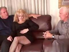 Bisexual dude sucks dick while boning a blonde whore doggystyle
