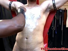 Buff ebony spitroasting bonded hunk until cum