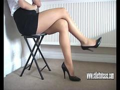 Hot babe Sofia teases her long sexy legs and tapered high heels for your sexual fetish