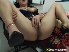 Mature big ass farting and after fingering
