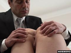 a busty fat housewife taking care of her muff with an dildo on her first casting audition