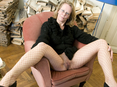 Solo blonde gilf in fishnet stockings dildos herself