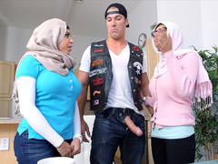 Arab bitches are fucking hard in a threesome